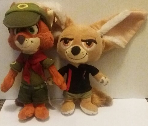 Merch Review – Ranger Nick and Casual Finnick