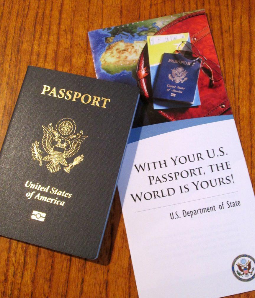 https://cdn.discordapp.com/attachments/248100475054850050/398086372990255114/Passport-with-brochure-2.jpg