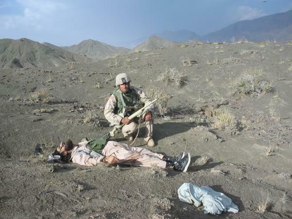 https://cdn.discordapp.com/attachments/308950154222895104/361928403919699972/51d9e69b2532de19cc23aca831ccc09f--afghanistan-war-tv-ads.jpg