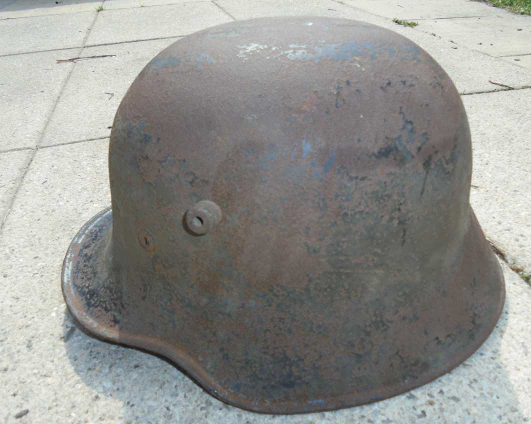 Authentification d'un Stahlhelm 18  Unknown
