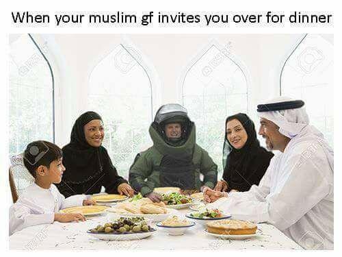 https://cdn.discordapp.com/attachments/372508286529961996/391280326959169536/muslim_gf-invites-you-for-dinner.jpg