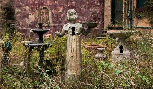 Orfanato Blackwood Jardim2