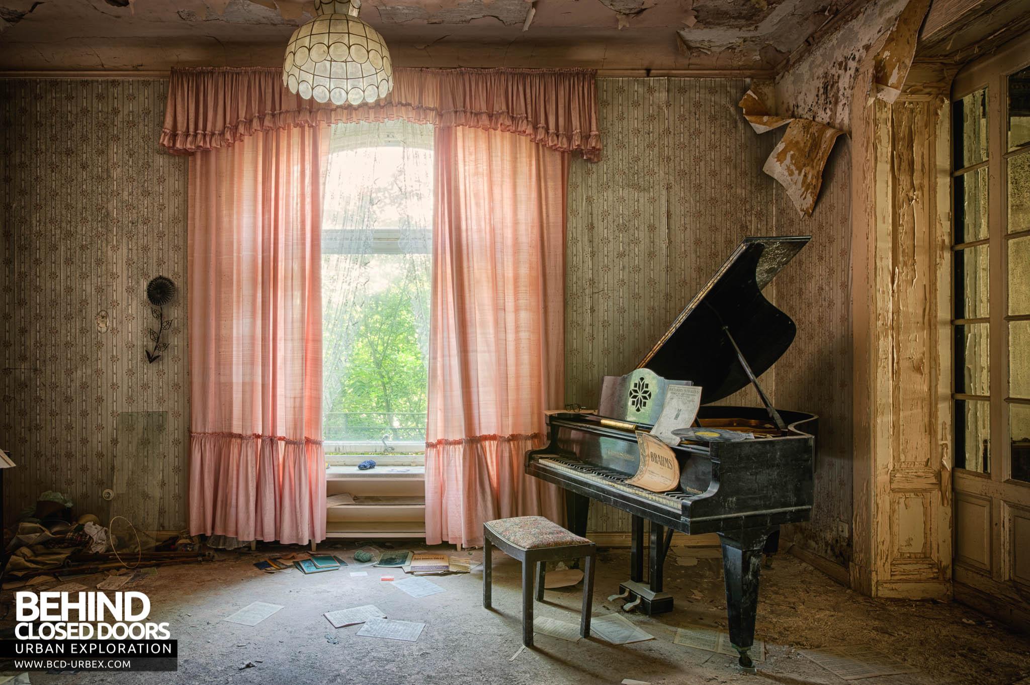 Orfanato Blackwood Sala_do_piano