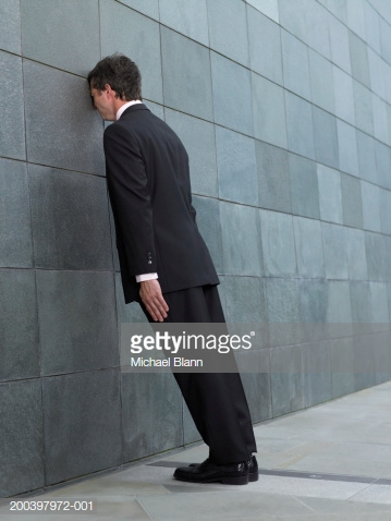 https://cdn.discordapp.com/attachments/452929192699363338/470297452453560350/businessman-leaning-forward-resting-face-against-wall-side-view-picture-id200397972-001.png