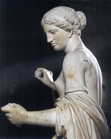 https://cdn.discordapp.com/attachments/456960544998686770/472151181582532618/Greek-statues.jpg