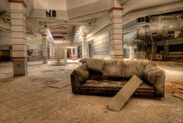 abandoned-malls.jpeg