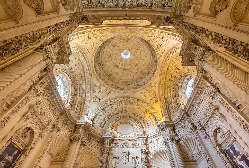 1024px-Sacristia_Mayor_Catedral_de_Sevil...14_HDR.jpg