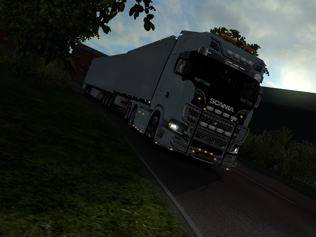 ets2_20181201_083816_00.png