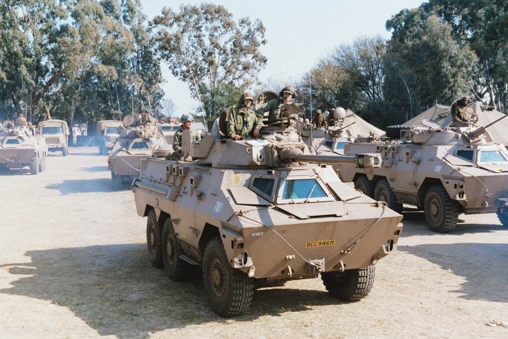 https://cdn.discordapp.com/attachments/510512702636949507/559061336202412033/Ratel_90_armyrecognition_South-Africa_008.jpg