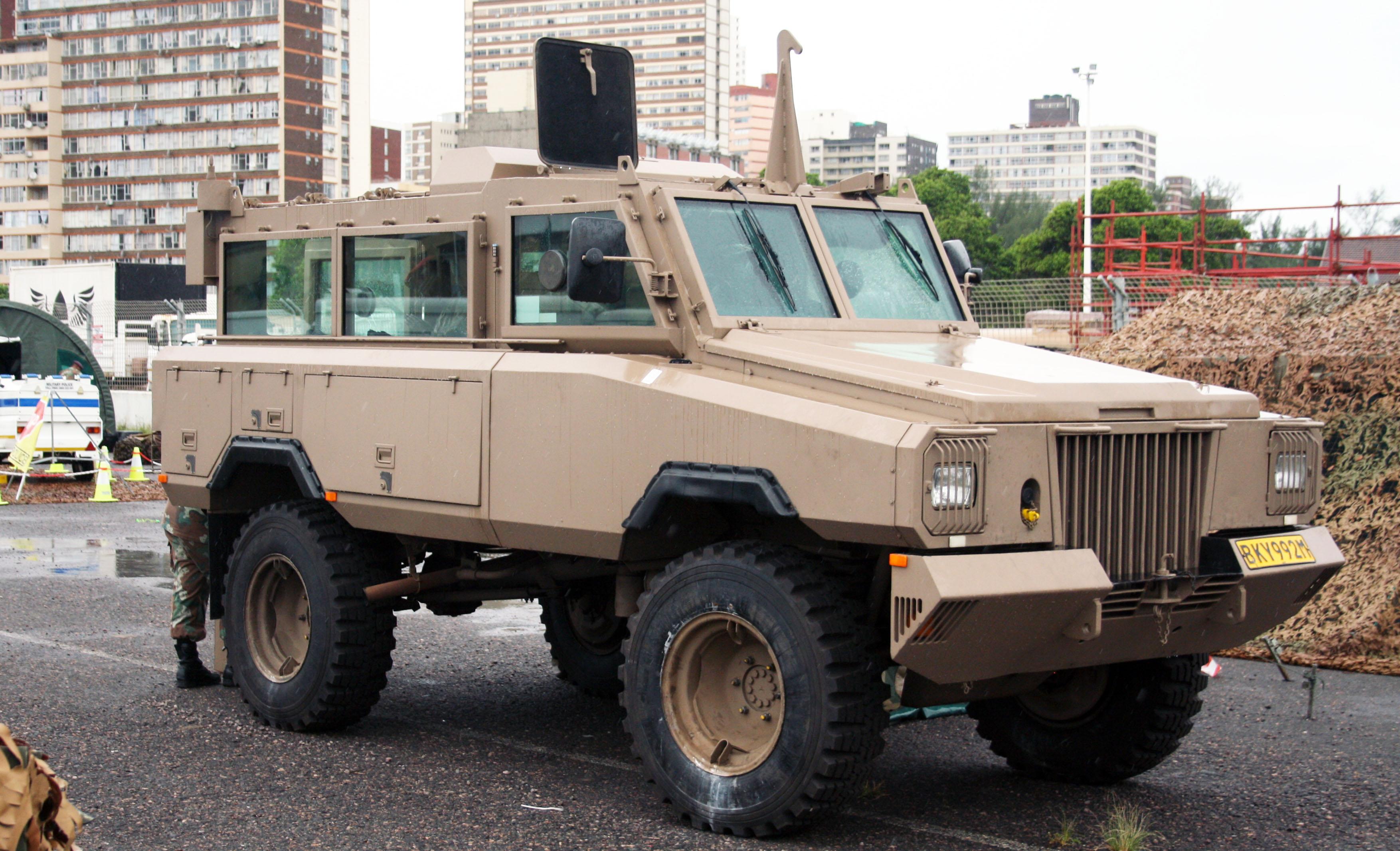 https://cdn.discordapp.com/attachments/510515265834844160/577884576177848370/SANDF_Armed_Forces_Day_2017_-_South_African_Army_Mamba_MkIII_APC_32203158584.jpg