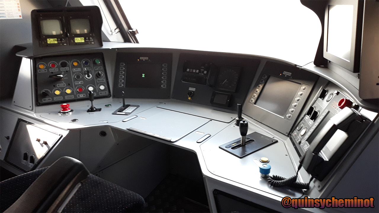 Cab of a BB 27300 (BB 27341)