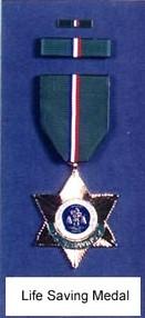 Bureau du Sergent II - Alex Highway  1490618271-awards-for-bravery-4