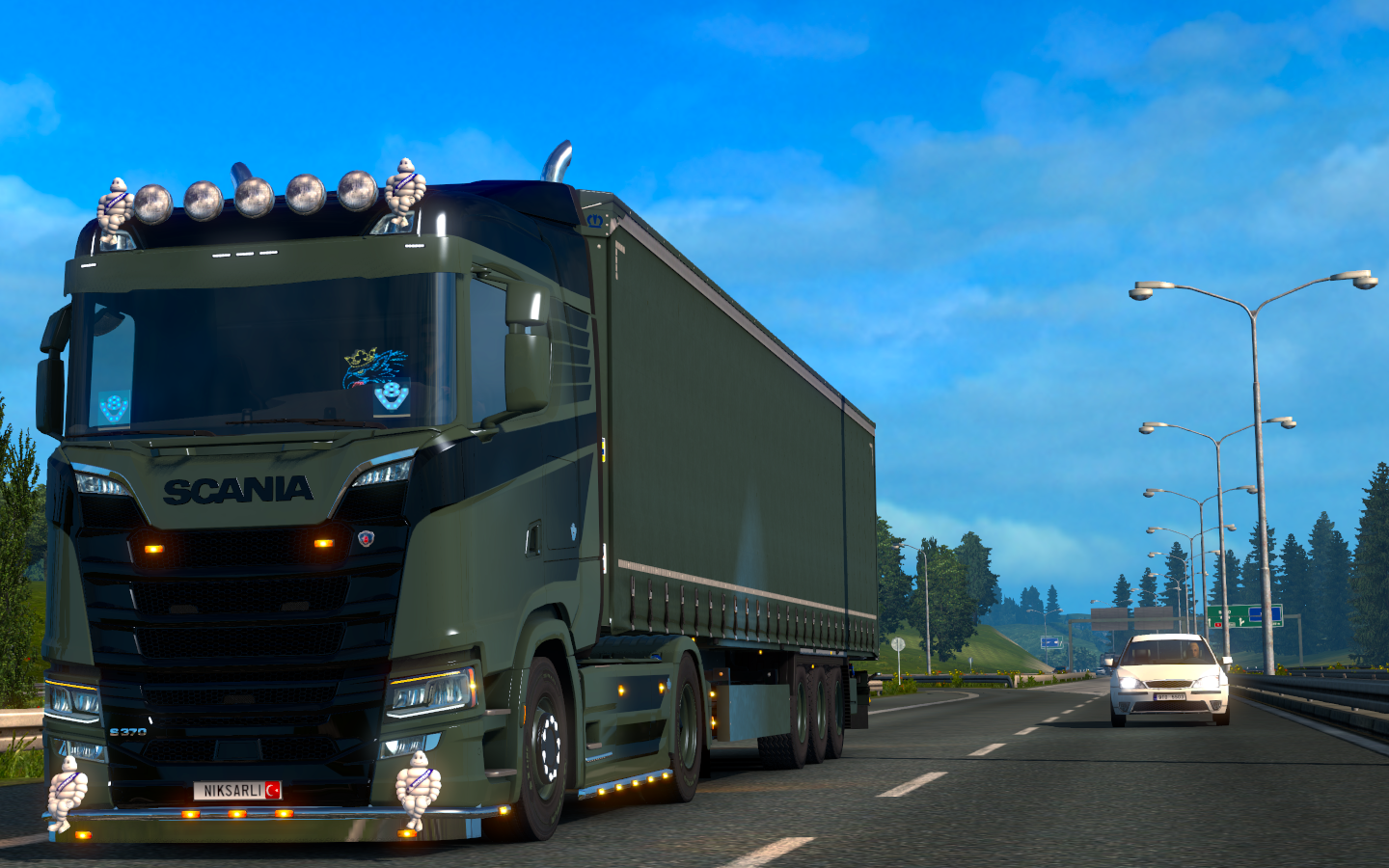ets2_20190610_233502_00.png