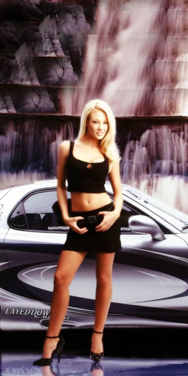 [Pilt: Girl_With_Racing_Car-478561a2-3332-37c0-...d5b451.jpg]