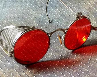 Vampire_Sunglasses.jpg