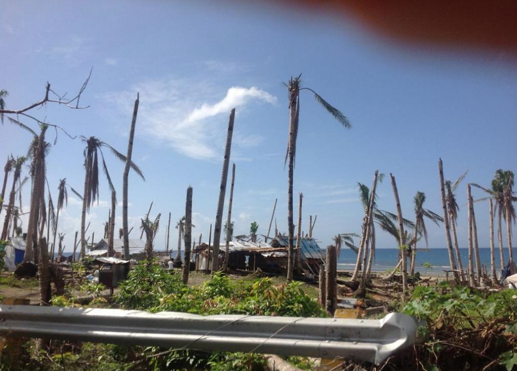 Screenshot_2021-09-13_at_21-14-20_iCyclone_HAIYAN_Wind_Damage_Images_zip.png