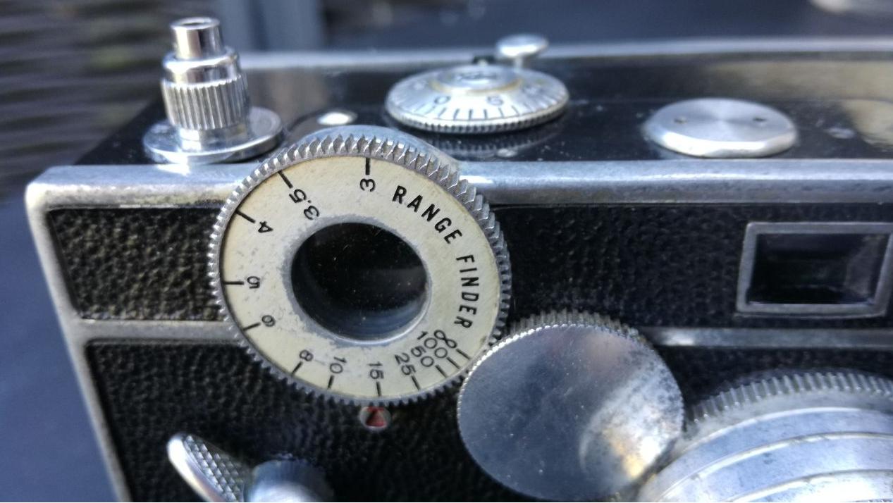 Découverte d'un petit appareil photo US de 1939 Unknown