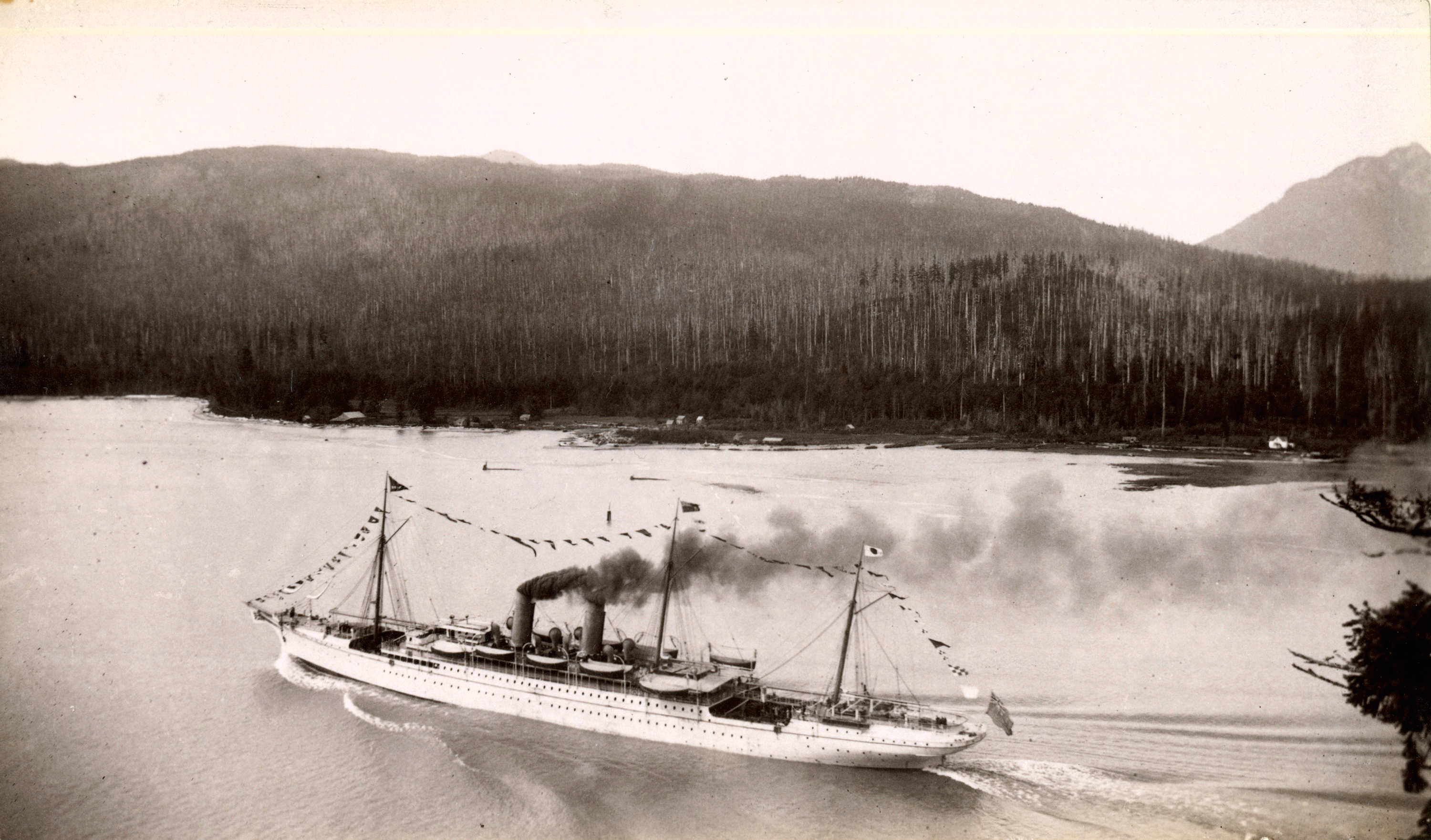 RMS_Empress_of_Japan_passing_through_First_Narrows_Vancouver_June_1893.png