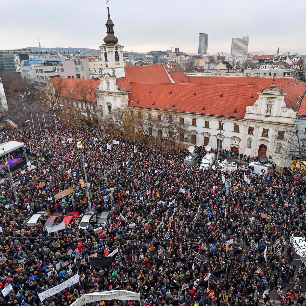 protestsalv.jpg