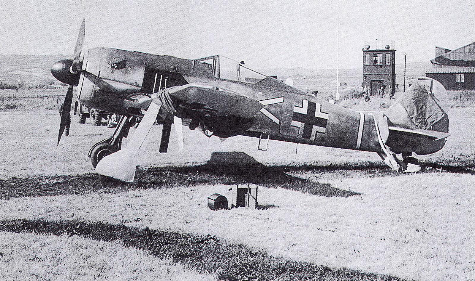 Focke-Wulf-Fw-190A-III.JG2-Armin-Faber-W