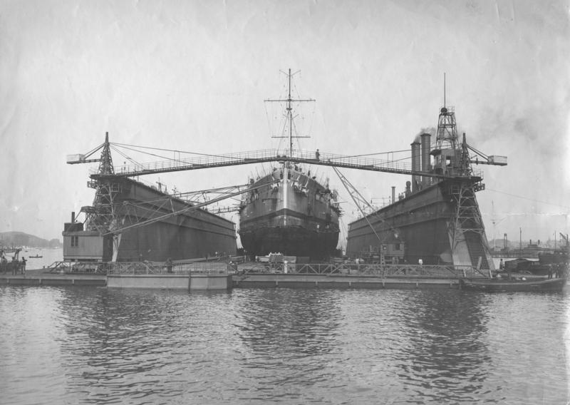 Helgoland_in_a_floating_dry_dock.jpg