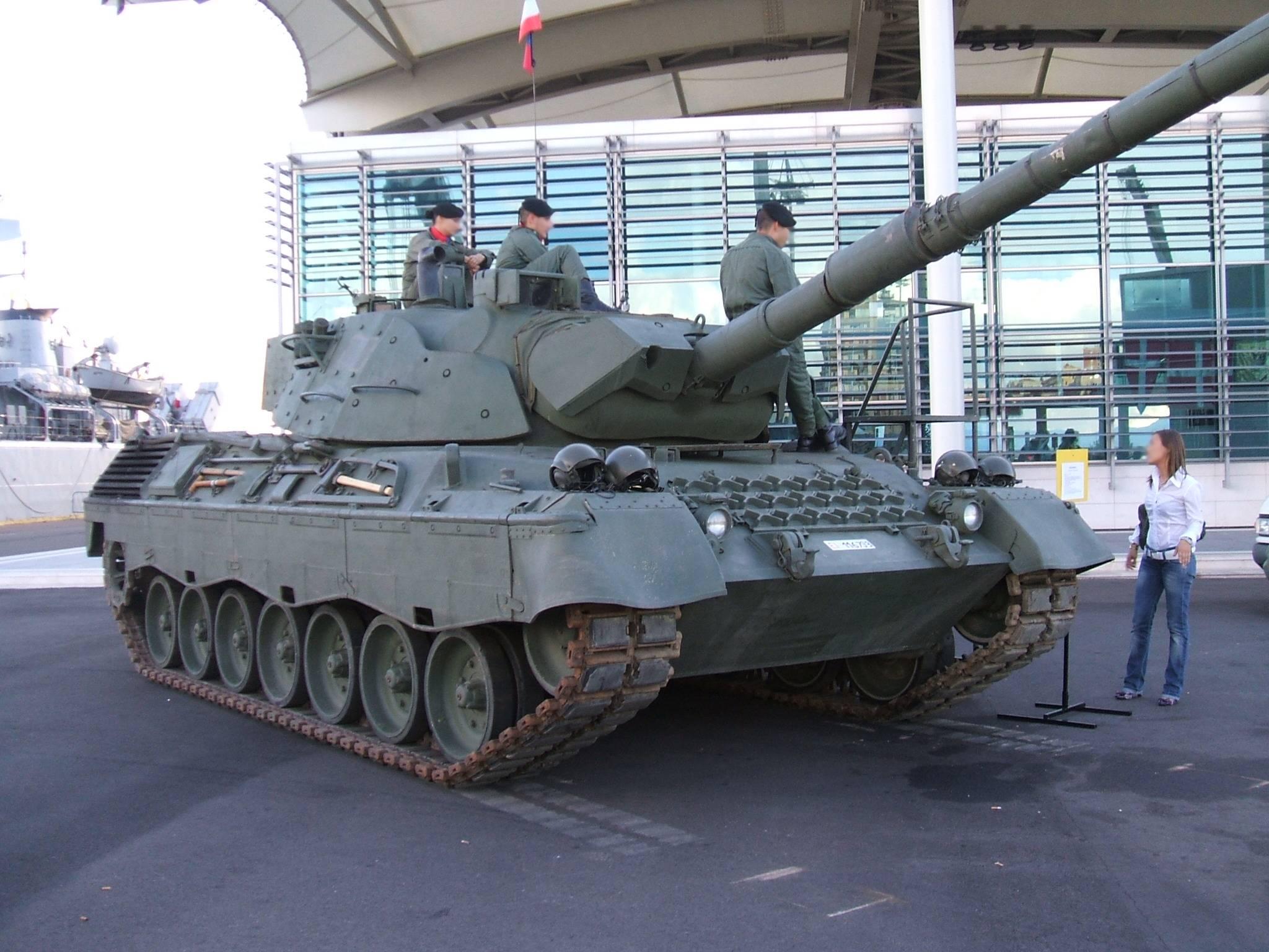 Leopard_1A5_esposto.jpg