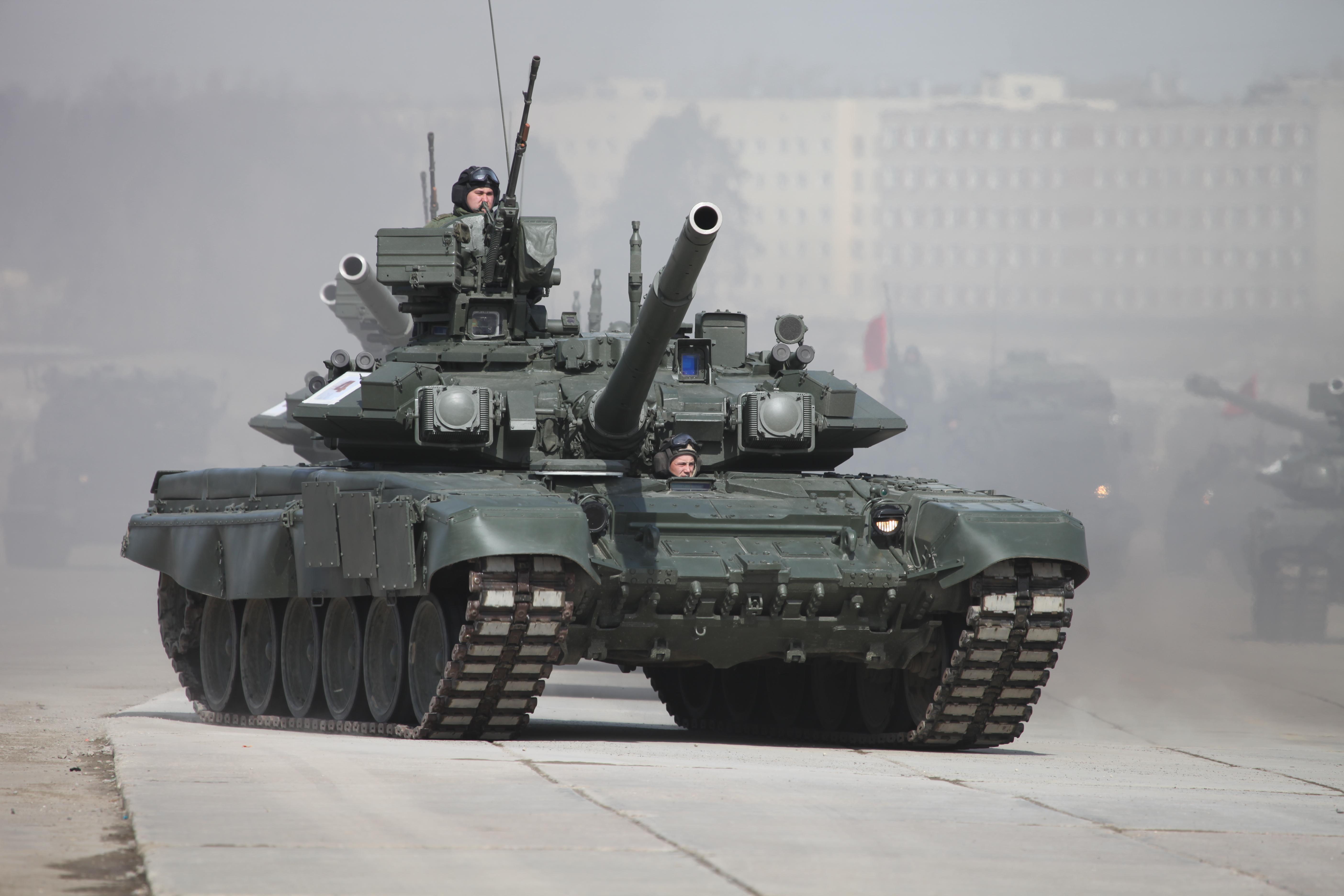 T-90A_12april_Alabino_01.jpg