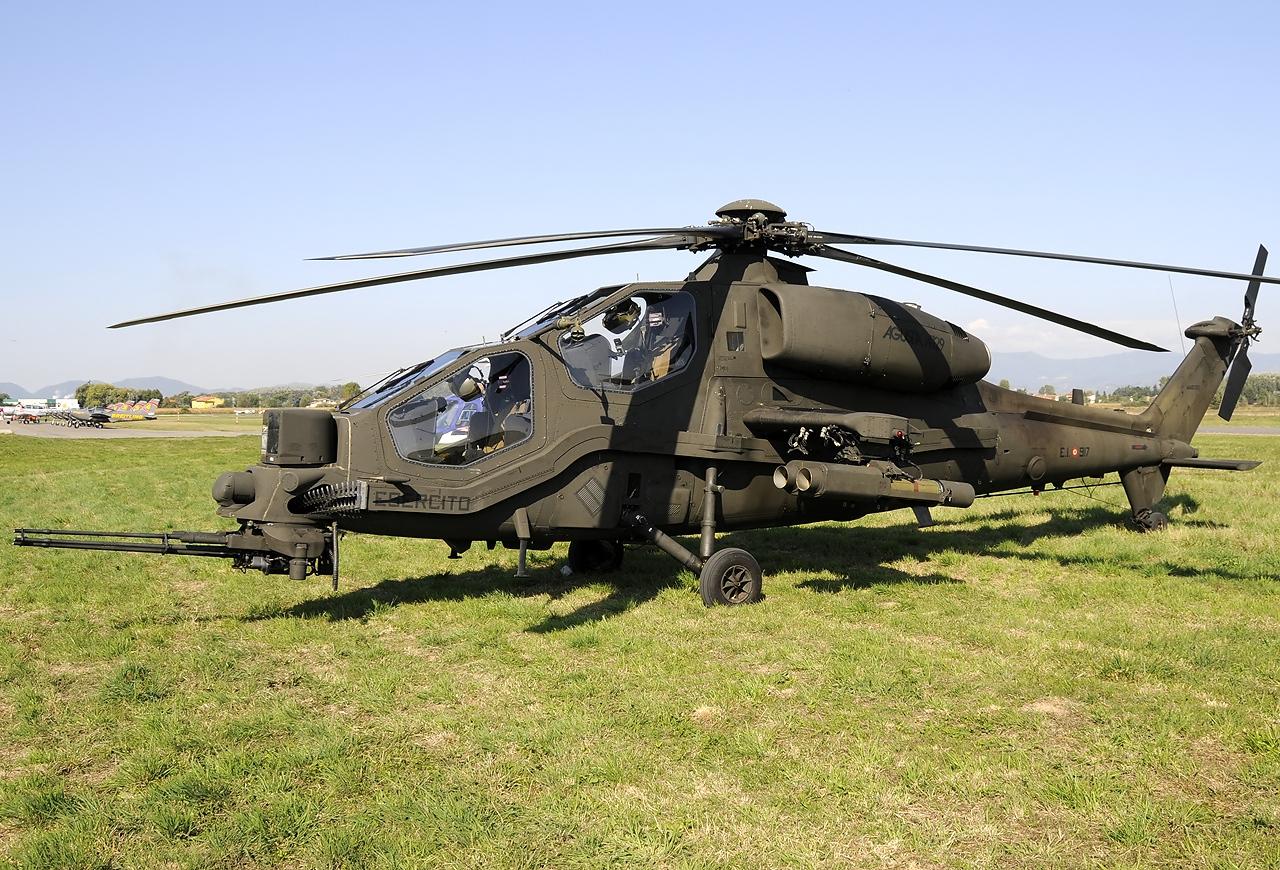 Agusta_A129CBT_Mangusta_Italy_-_Army_JP6