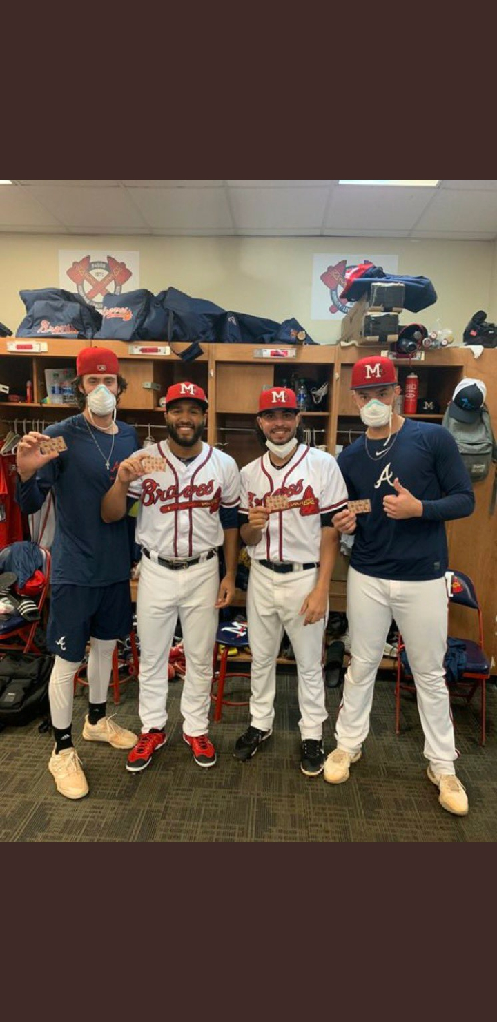 Braves player with Chipotle gift cards.